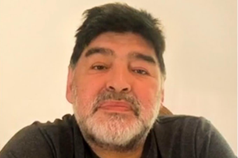 """""""Más vivo que nunca"""", Diego Maradona anunció que sus hijas no recibirán herencia"""