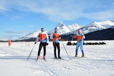 Participantes de la Marchablanca, de esquí de fondo, en Ushuahia