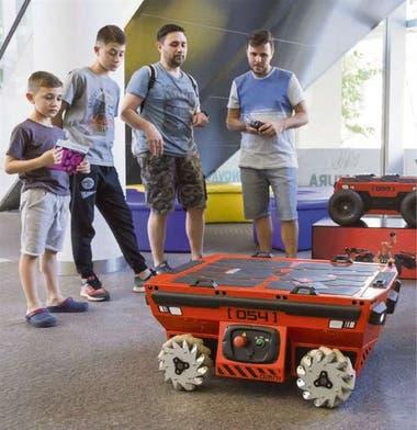 Omni, asistente de cargas robótico desarrollado en el país