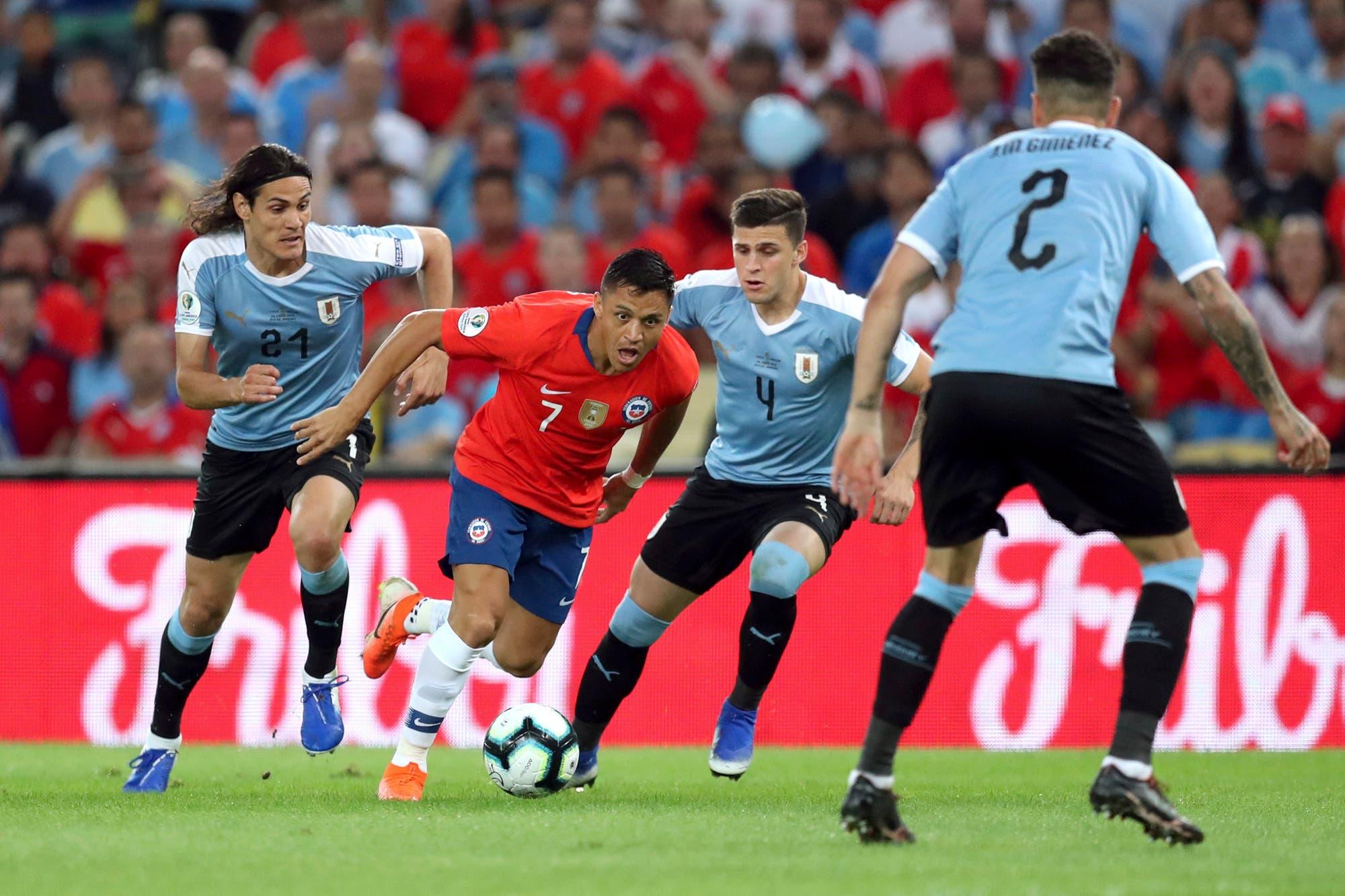 Duelo de candidatos: Chile y Uruguay definen el Grupo C de la Copa América