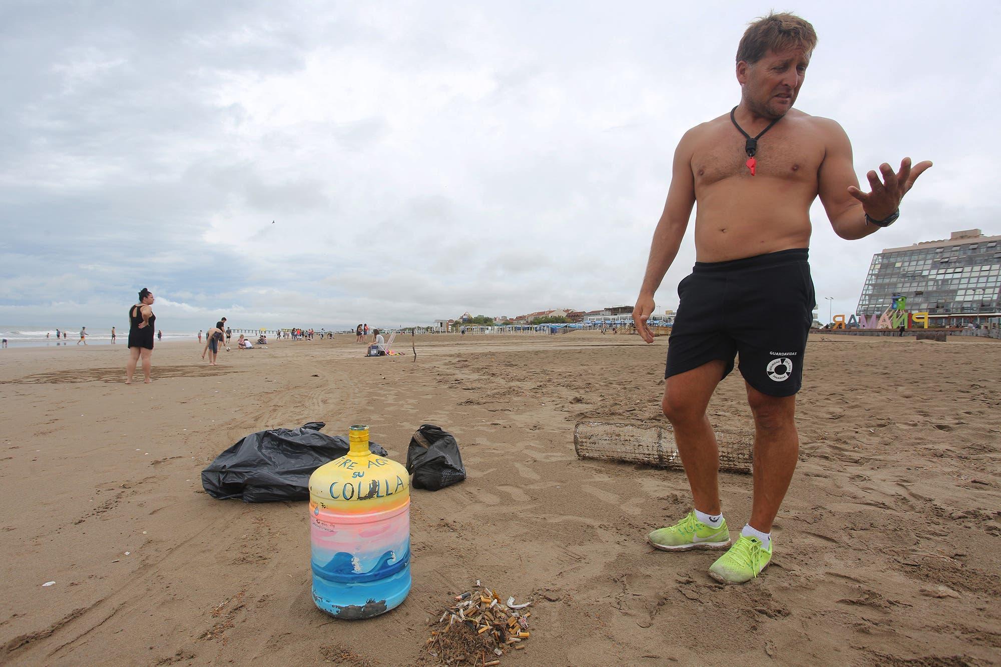 Polémica por el cumplimiento de la ordenanza que prohíbe fumar en las playas de Pinamar