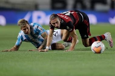 Racing y Flamengo protagonizan un partidazo en Avellaneda