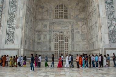 En los lugares turísticos, la mayoría de los visitantes son indios gracias al reciente impulso del turismo interno