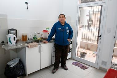 Pablo Gamarra otro de los vecinos que se mud a las nuevas viviendas de la villa Rodrigo Bueno en Costanera Sur