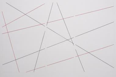 Construcción triangular: En Fred Sandback, los dibujos saltan de la pared al espacio de la amplia sala 2, en la planta baja de Proa. Hilo acrílico rojo y negro, lápiz.
