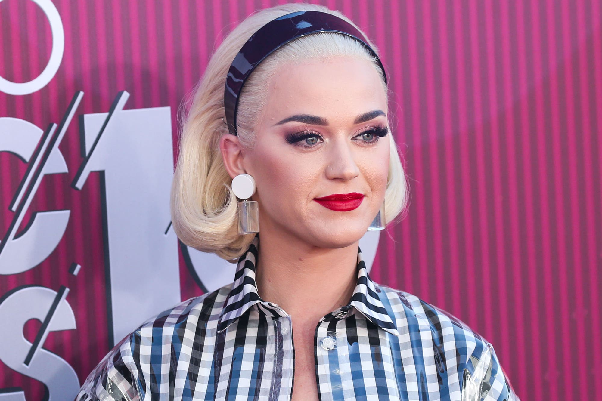 """Resultado de imagen para Katy Perry y un fallo judicial a su favor: su canción """"Dark horse"""" no es un plagio"""