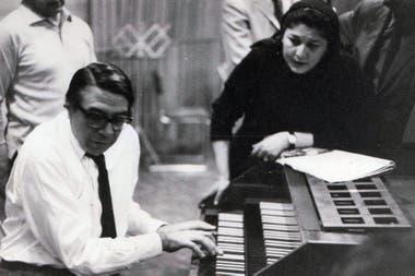 Ariel Ramírez y Mercedes Sosa una dupla que transformó la música popular argentina con el disco Mujeres Argentinas, que será recreado en un tributo en el festival Cultura Campo