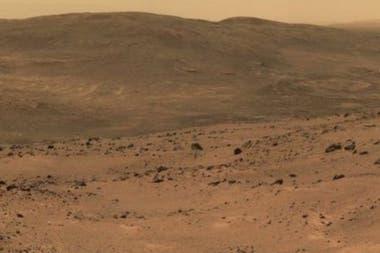 La erosión superficial y la evolución del paisaje son muy diferentes en la Tierra y Marte