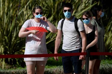 Los expertos han resaltado que las mascarillas reducen mucho el riesgo de contagio, siempre y cuando todos las usen