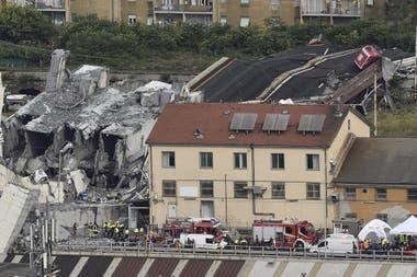 El puente Morandi, de Génova, se derrumbó el 14 de agosto de 2018 y provocó la muerte de 43 personas