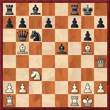 Aquí Judit llevaba las blancas contra Chillingirova y sacrificó un alfil jugando 14.Tae1! Axc3 15.bxc3 Dxb5 16. Dh6. Ahora se amenaza Af6 con el consiguiente mate. Como no sirve la defensa 16.f6 17.Axf6! Txf6 18.Te8+ Rf7 19.Df8 mate, las negras ensayaron otra defensa: 16.Df5.