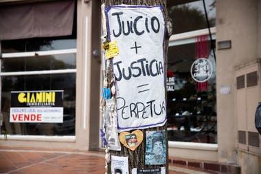 El pedido de justicia es uno de los que más se repiten en los carteles.