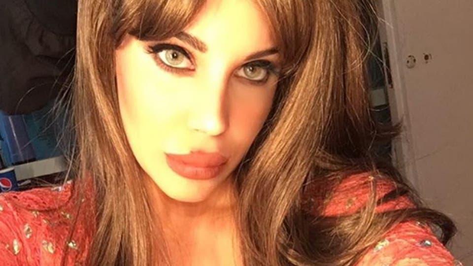 Sideboobs Celebrity Sonia Sarpe naked photo 2017
