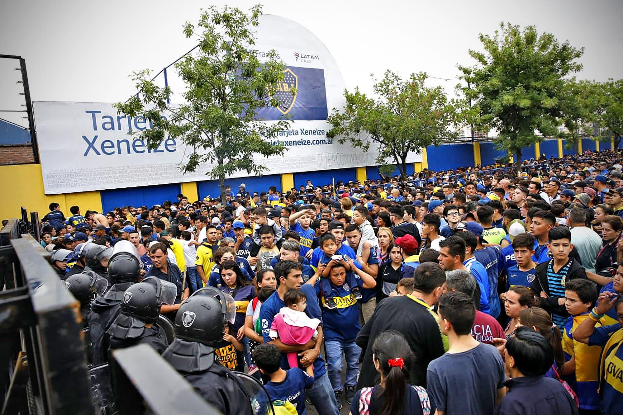 Copa Libertadores: clausuraron la cancha de Boca por exceso de público en el Bombonerazo
