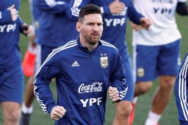 Messi, ya en Buenos Aires: no iba a poder jugar, pero prescribió su sanción