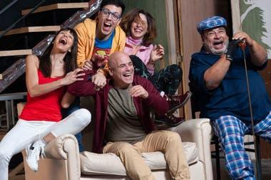 """Un elenco sumamente atractivo: Valentina Bassi, Roberto Peloni, Marcos """"Bicho"""" Gómez, Laura Novoa y Roly Serrano"""