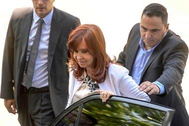 """El 2 de diciembre de 2019, Cristina Kirchner declaró en indagatoria en el juicio por la obra pública y acusó al tribunal de ser parte de ser parte de una """"clase magistral de lawfare"""""""