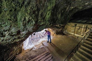 Los humanos modernos ocuparon los territorios de los neandertales, por lo que ejercieron una influencia sobre el comportamiento de estos últimos antes de reemplazarlos.