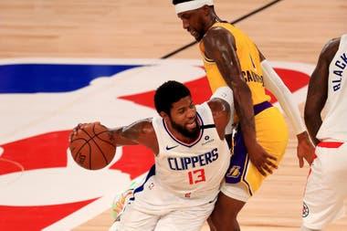 El gran partido de Paul George para los Clippers no alcanzó en la derrota de su equipo