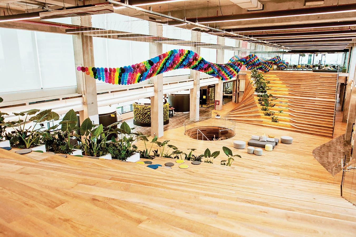 El moderno edificio de oficinas, en Saavedra, fue inaugurado a mediados de 2019 con la presencia del presidente, Mauricio Macri