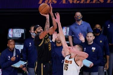 Lakers y Nuggets juegan el tercer punto de la final de la Conferencia Oeste de la NBA