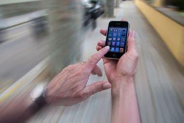La velocidad de descarga de los celulares es millones de veces inferior al récord de 178 Tbps alcanzado por la investigadora brasileña